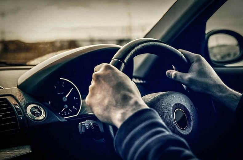 वाहनांना राष्ट्रीय परवान्यासाठी फिटनेस प्रमाणपत्र