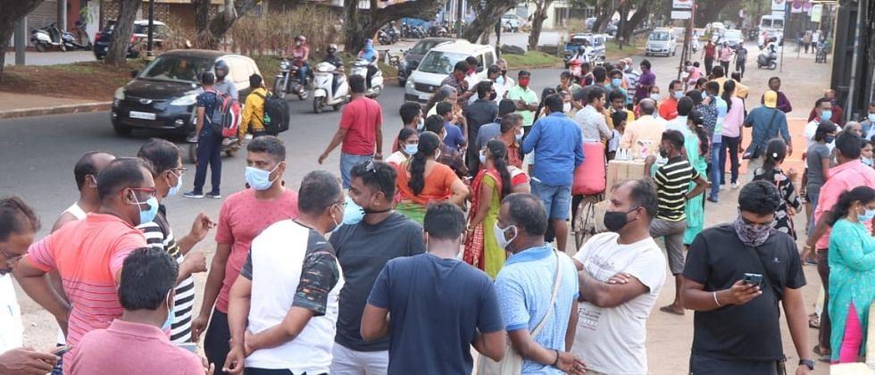 गोवा: कोरोनाला रोखण्यासाठी राज्यात आजपासून संचारबंदी लागू