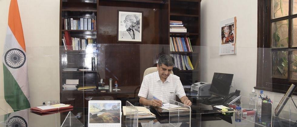अजय सेठ: अर्थ मंत्रालयाच्या आर्थिक व्यवहार विभागाचे नवे सचिव