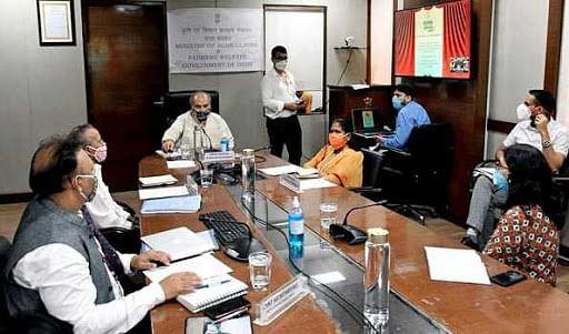 वित्त आयोगाने घेतली ग्रामविकास मंत्रालयासोबत बैठक