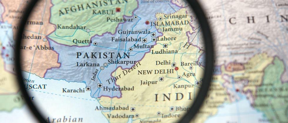 """मानवाधिकाराचा """"चॅंपियन"""" पाकिस्तान स्वत: काचेच्या घरात राहतो"""