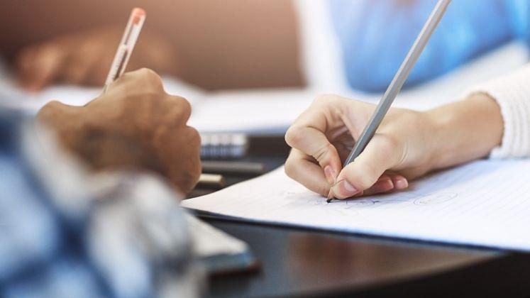 Common Eligibility Test: केंद्र सरकारच्या नोकरभरतीसाठी एकच CET, प्रत्येक जिल्ह्यात एक परीक्षा केंद्र