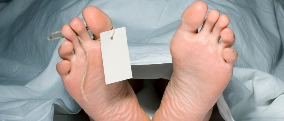 पाटणे-कोळंब किनाऱ्यावर सापडला अज्ञाताचा मृतदेह