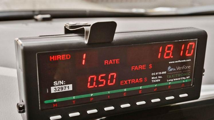 Digital Taxi Meters मोफत, गोवा टॅक्सी व्यावसायिकांना चतुर्थीची भेट