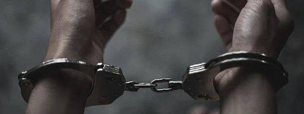 शेवगाव पोलीस ठाण्याचा पोलीस शिपाई गजाआड