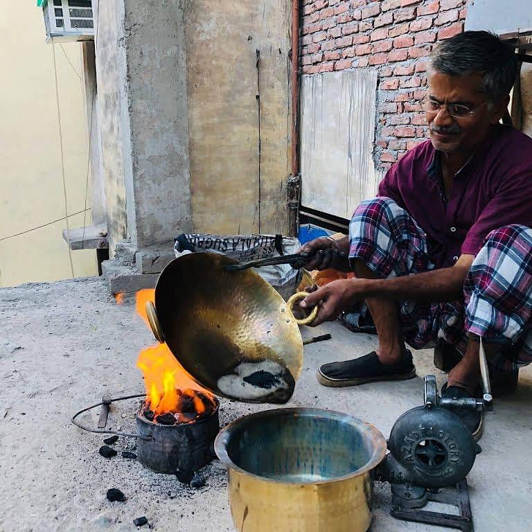 ग्रामीण भागातून कल्हई व्यवसाय हद्द पार