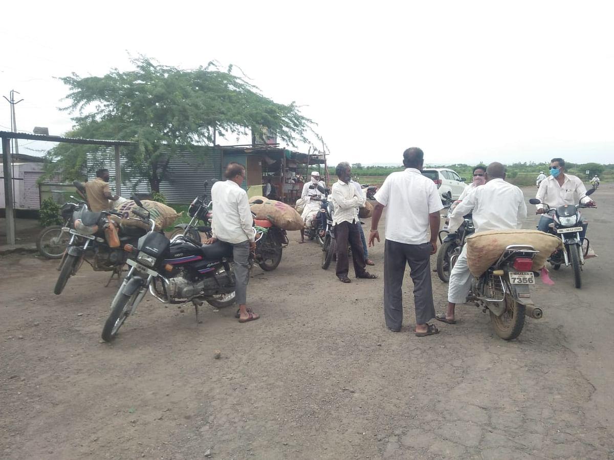 श्रीगोंदयात लिंबू बाजार भावाची कोंडी