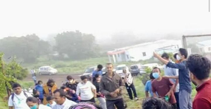 Tourists flock forts amid corona concerns