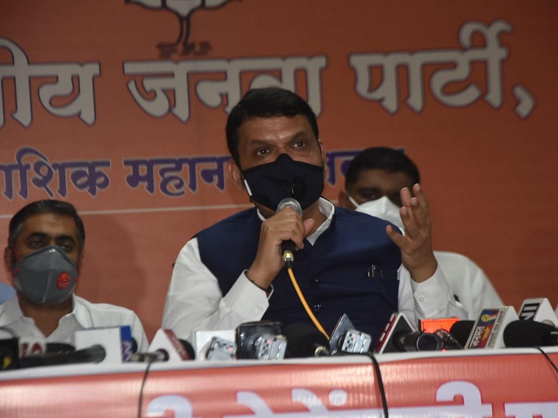 ते म्हणजे महाराष्ट्र हे शिवसेनेच्या नेत्यांनी समजून घ्यावे - देवेंद्र फडणवीस