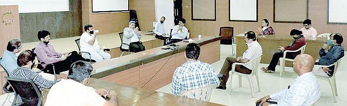 बँक ऑफ महाराष्ट्र तर्फे 'आयमा' सभासदांशी संवाद