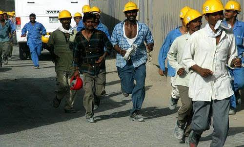 समृध्दीचे काम बंद; २ हजार कामगार संपावर