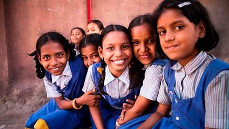Blog : विद्यार्थ्यांना वेठीस धरू नका!