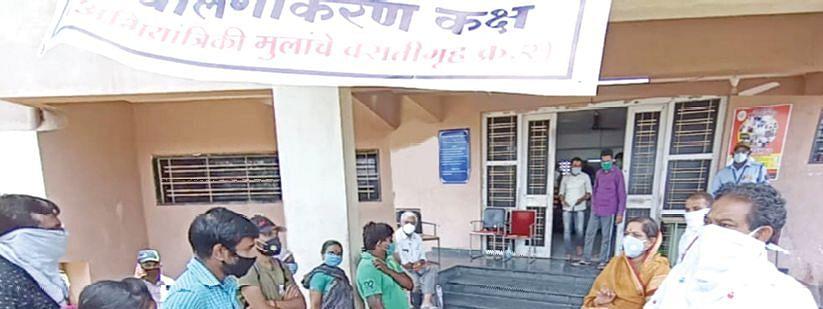 जळगाव : मनपा कोविड केअर सेंटरमधून ८० रुग्णांची सुट्टी !