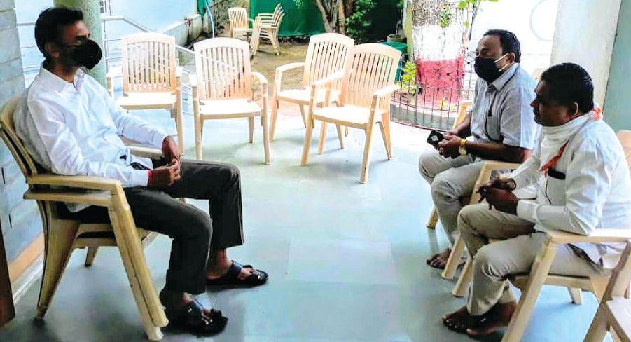 ग्रामपंचायतींवर प्रशासक नेमण्याबाबत कायदेशीर बाबी तपासूनच निर्णय
