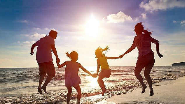 कुटुंबात प्रेम, शांती कायमच असेल