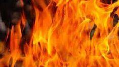 जळगाव : एमआयडीसीतील तेल कंपनी आगीच्या भक्षस्थानी
