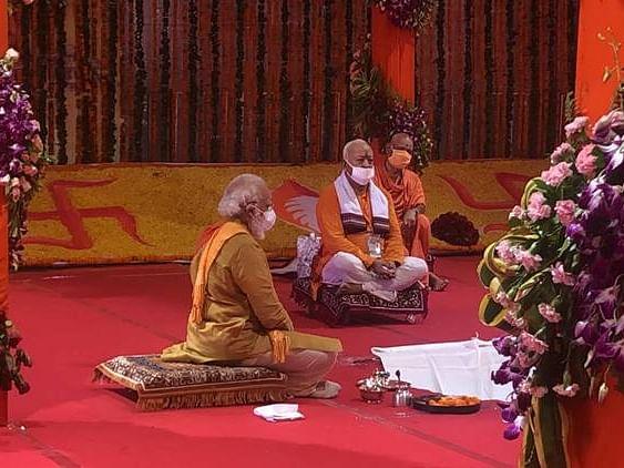 मंदिर येणाऱ्या पिढ्यांसाठी मार्गदर्शक ठरेल- नरेंद्र मोदी