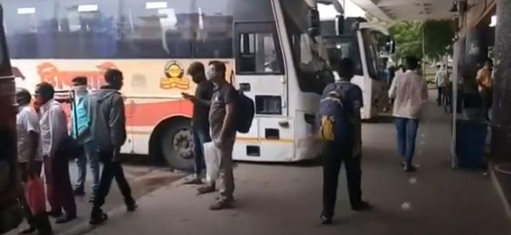 व्हिडीओ स्टोरी : लालपरी पूर्वपदावर; प्रत्येक आसनावर केली जाते फवारणी