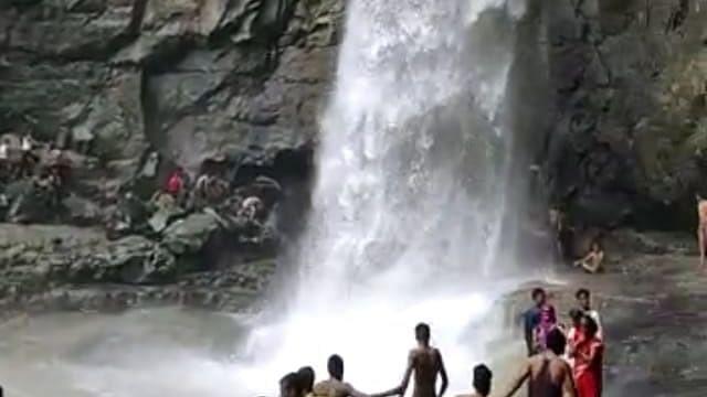 जिल्ह्यातील तीन जण धारकुंड तलावात बुडाले
