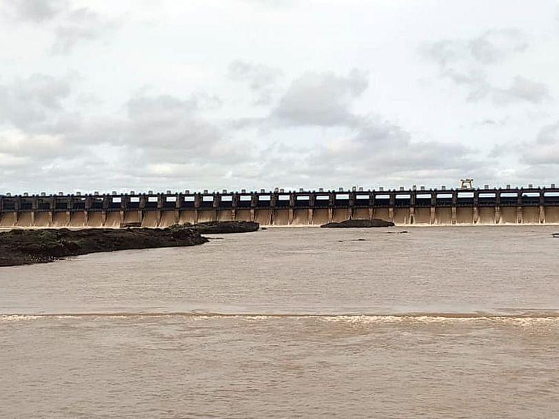 तापी नदीकाठच्या गावांना सावधानतेचा इशारा