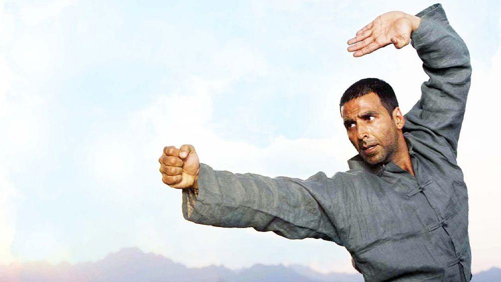 तब्बल १८ वर्षांचा 'हा' नियम अक्षय कुमारने मोडला !