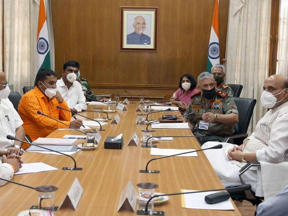 के.के.रेंज भूसंपादन होणार नाही - संरक्षणमंत्री राजनाथ सिंग
