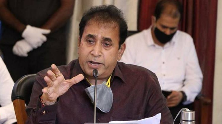Anil Deshmukh again gets threat calls