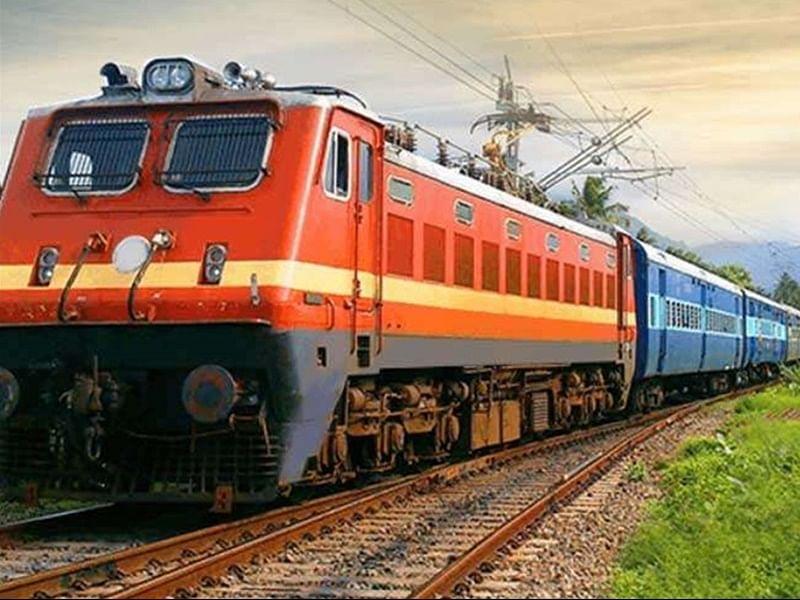 रेल्वे प्रवास महागणार?