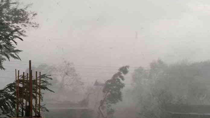 शेतकऱ्यांनो सावधान, राज्यात अवकाळी पाऊसाची शक्यता