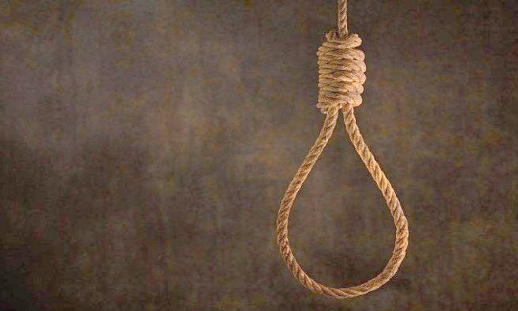 वडिलांच्या व्यसनाधिनतेला कंटाळून 20 वर्षीय तरुणाची आत्महत्या