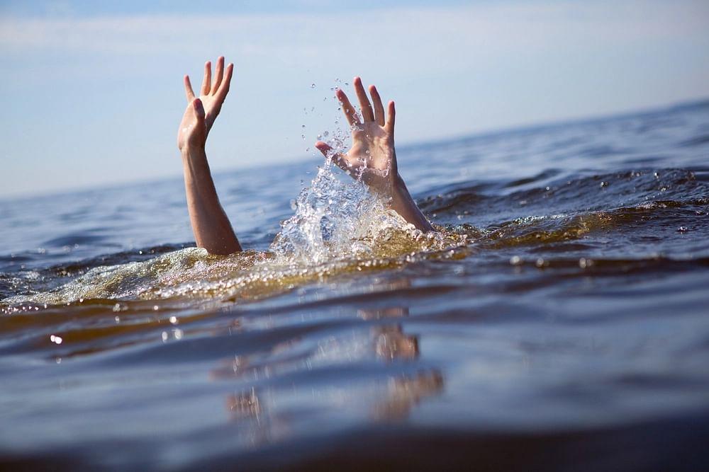 अज्ञात तरूणाची मुळा नदीपात्रात उडी मारून आत्महत्या