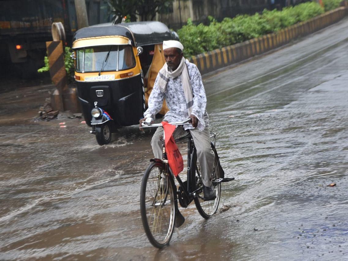 नाशकात अवघ्या अर्ध्या तासात कोसळला सहा मिलीमीटर पाऊस