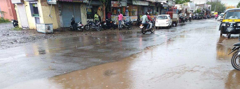 एक महिन्याच्या विश्रांतीनंतर कर्जतमध्ये जोरदार पाऊस