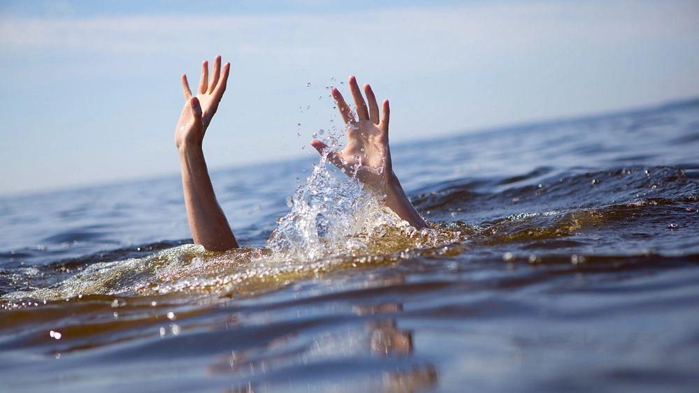 नेवासा : प्रवरा नदीपात्रात एक जण वाहून गेला