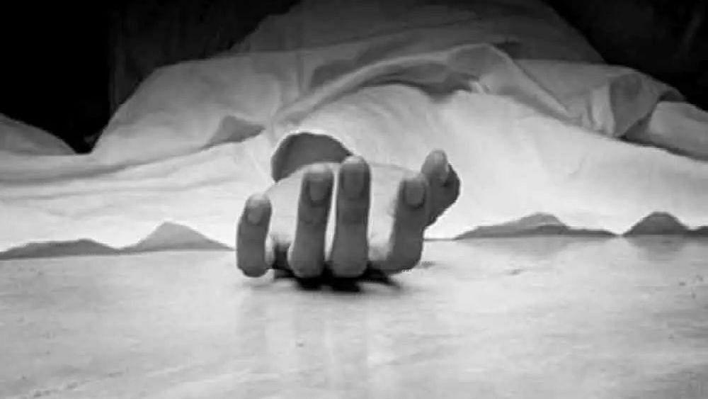 नवीन नाशिक : टेम्पोत गळफास लावून आत्महत्या