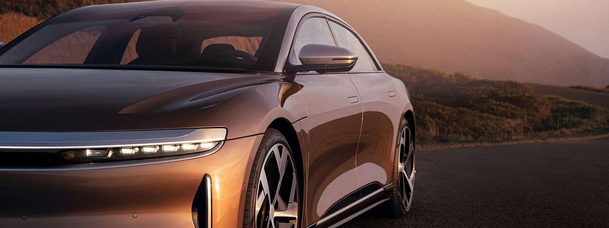 सर्वात वेगाने चार्ज होणारी कार