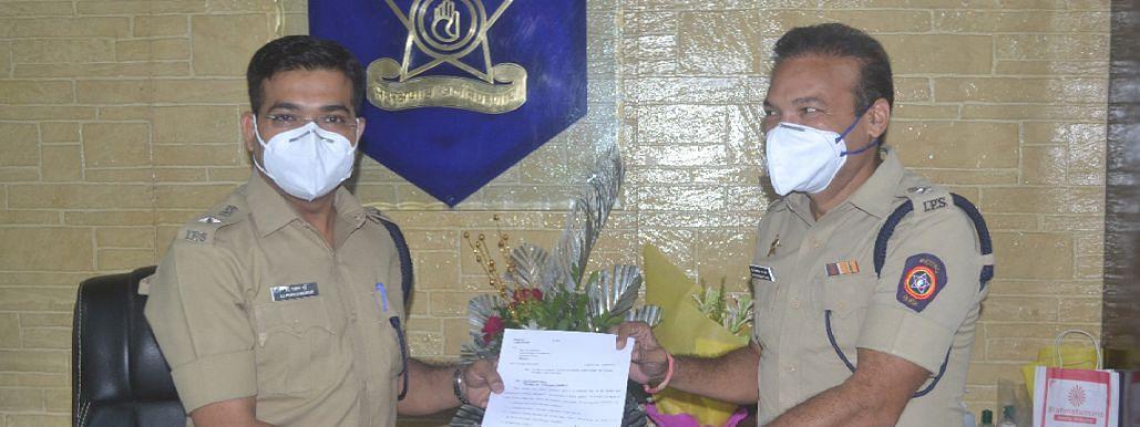 नूतन पोलीस अधीक्षक डॉ. प्रवीण मुंडे यांनी पदभार स्वीकारला