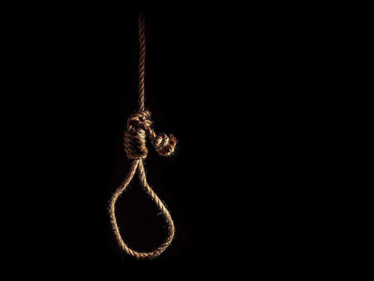 माजी नगरसेविकेचे पती आणि उद्योजकाची आत्महत्या