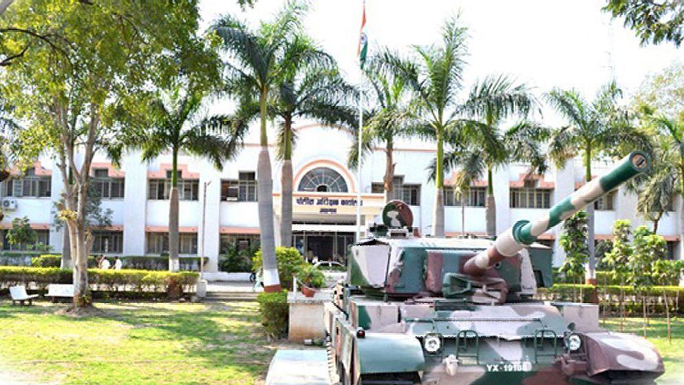 नशिराबाद पोलीस ठाण्याचे प्रभारी अधिकारी मुख्यालयात