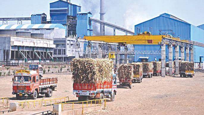 राज्यातील साखर कारखान्यांना शासन हमी देण्यासाठीच्या मंत्रिमंडळ उपसमितीचे पुनर्गठन