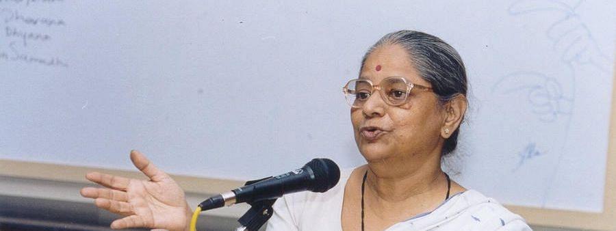 Pushpa Bhave : आपल्या अमोघ वक्तृत्वाने समोरच्यांना मंत्रमुग्ध करणाऱ्या प्रभावी वक्त्या