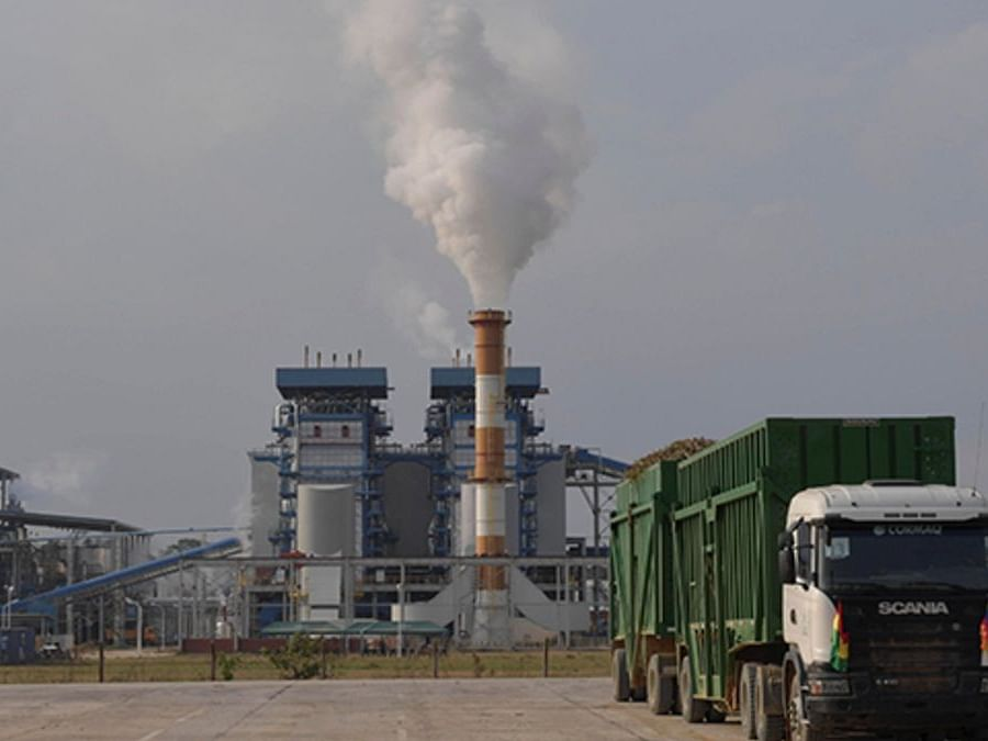 ऊसाचा रस व बी हेवी मोलासेसपासून इथेनॉल निर्मिती ठरणार साखर उद्योगाला वरदान