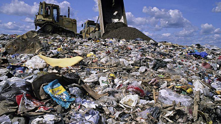 कचरा विल्हेवाटीसाठी अनुकरणीय उपक्रम!