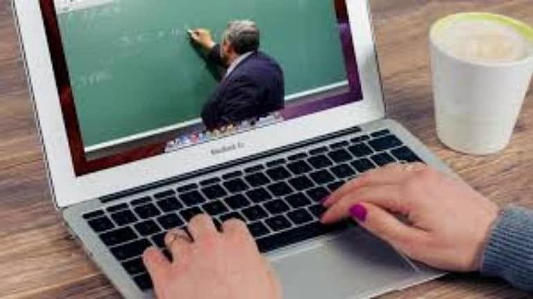 उद्यापासून अकरावीचे ऑनलाईन वर्ग