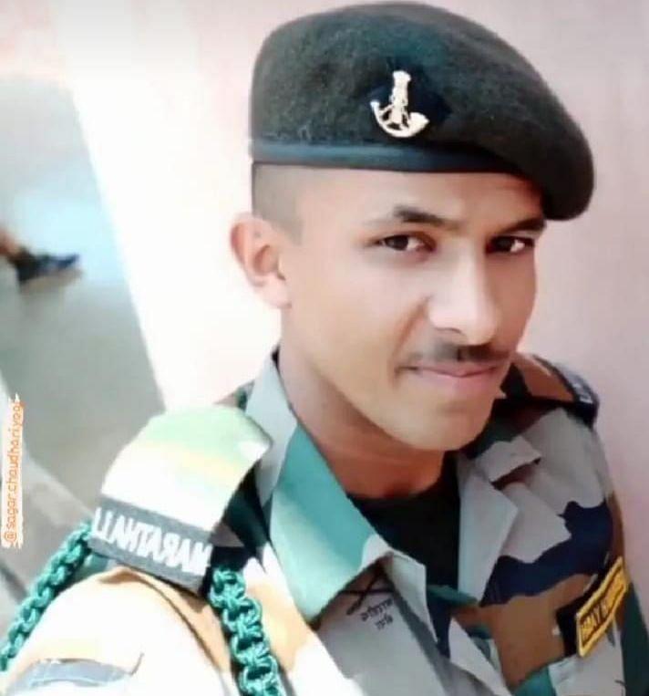 काश्मीरमध्ये दहशतवादी हल्ला:  चाळीसगावचा जवान शहीद