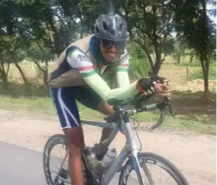 Om Mahajan sets cycling record