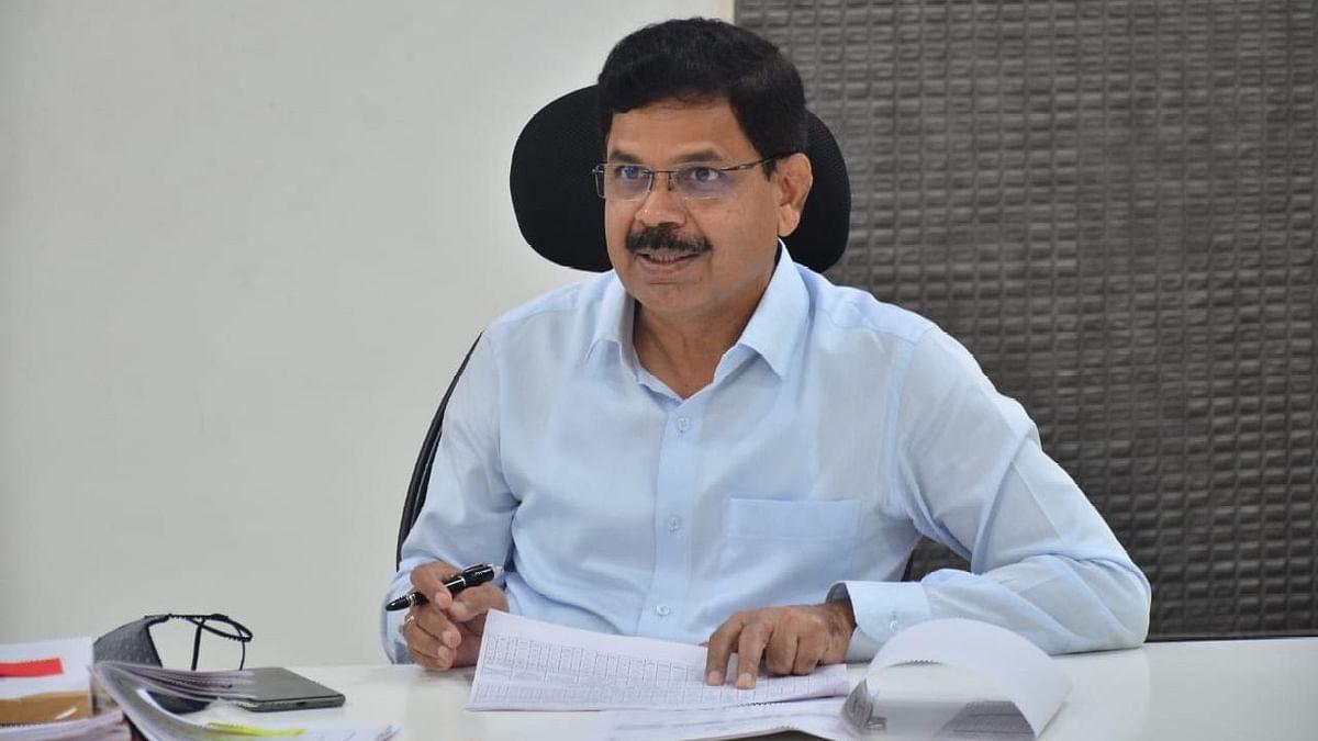 मुख्यमंत्री सचिवालय कक्षामार्फत ५९४ अर्ज निकाली
