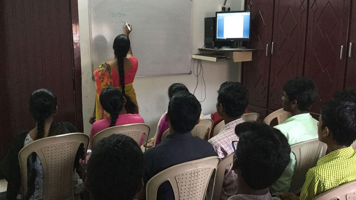 दिवाळी २०२० : 'टेक्नोस्मार्ट' शिक्षकांची गरज