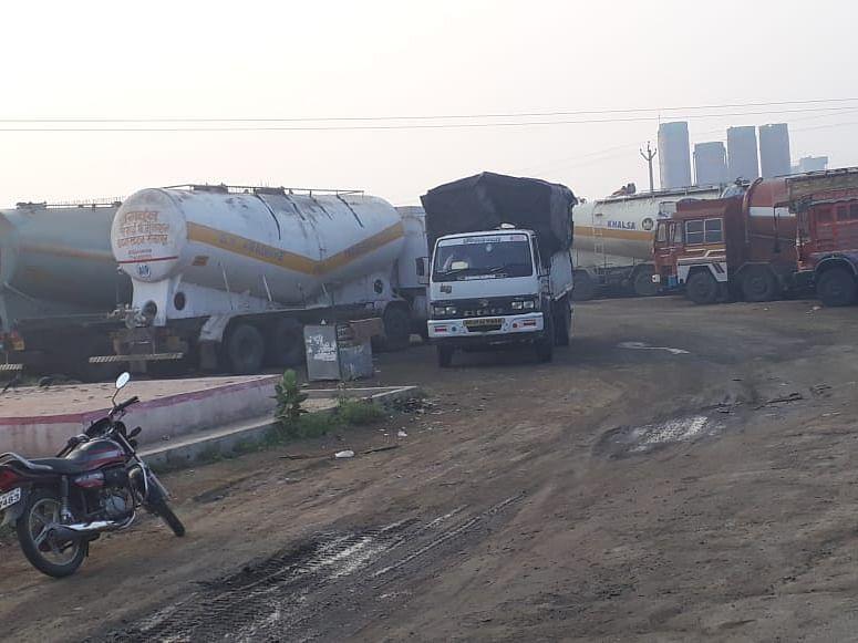 कोपरगाव : समृद्धी महामार्गाचे काम पाडले बंद