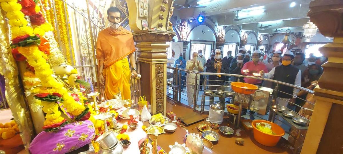 नंदुरबार : Temple Reopen श्री गणेश मंदिरात महाआरती करून आनंदोत्सव साजरा